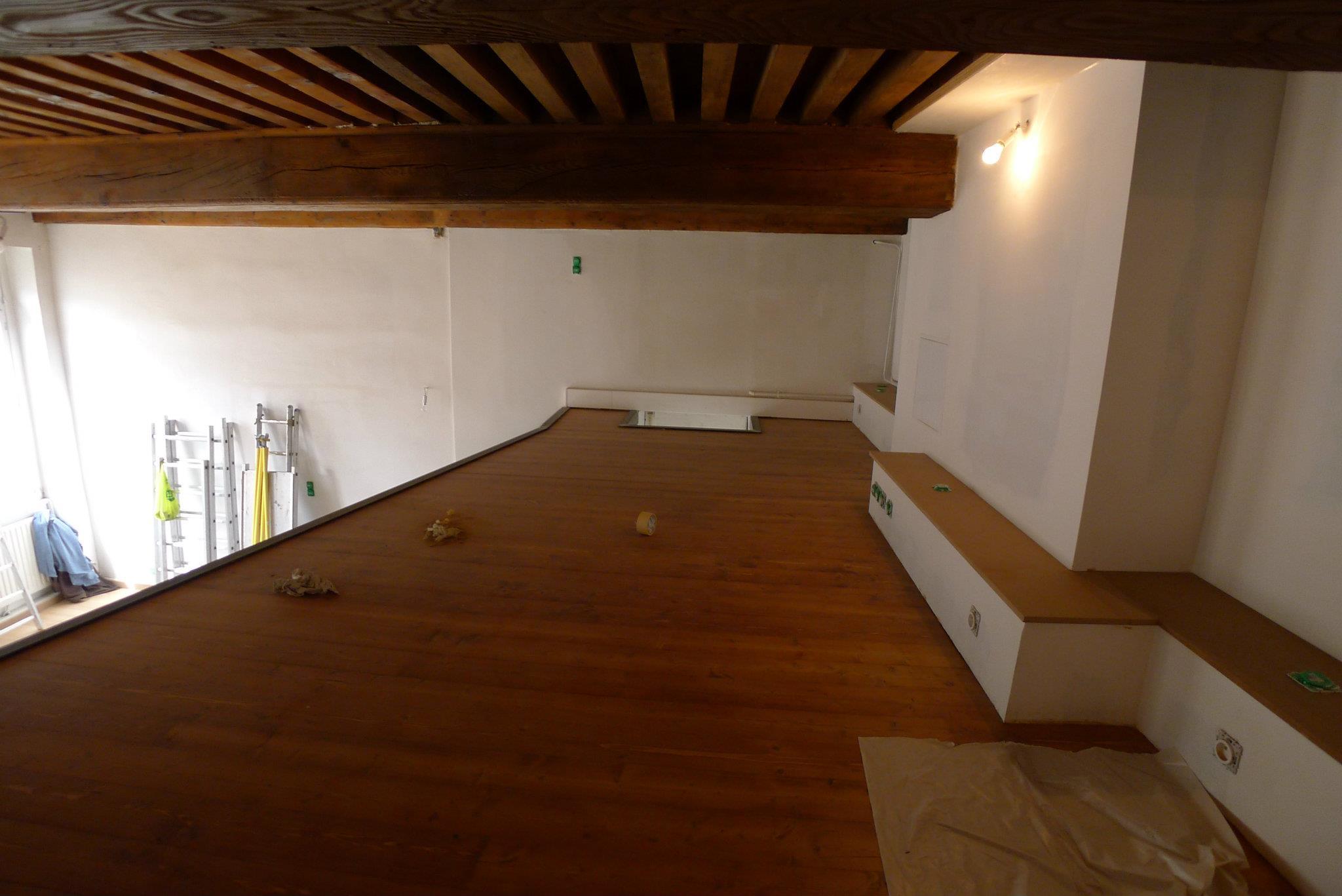 cr ation d une mezzanine la croix rousse lyon 4e ecoconfiance r novation. Black Bedroom Furniture Sets. Home Design Ideas