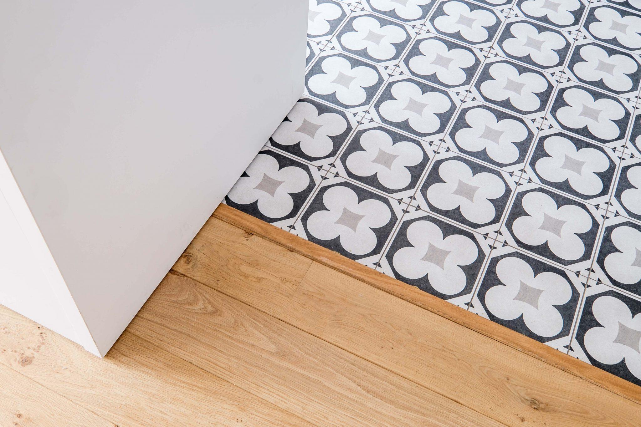 maison familiale montchat ecoconfiance r novation. Black Bedroom Furniture Sets. Home Design Ideas